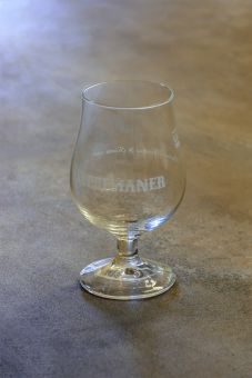 Theresianer Glas